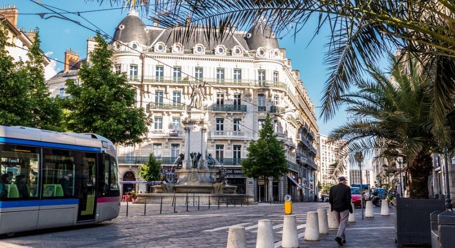 Tramway dans Grenoble